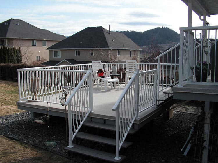 Aluminum White Railings Belly Pickets Etobicoke